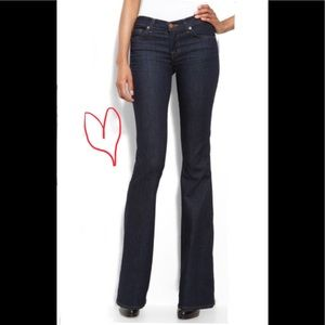 J Brand Size 32 💋 Mae bootcut jeans in Pure wash